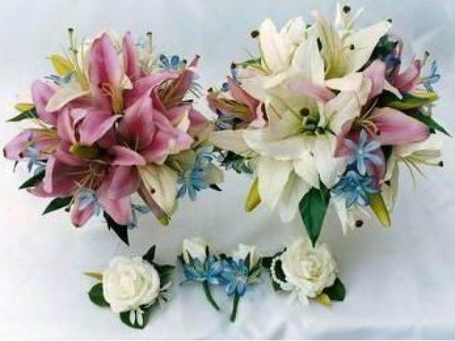 Silk wedding flowers online australia daisy flower bouquet silk wedding flowers online australia beautiful silk flowers mika s floral designs brisbane mightylinksfo Gallery